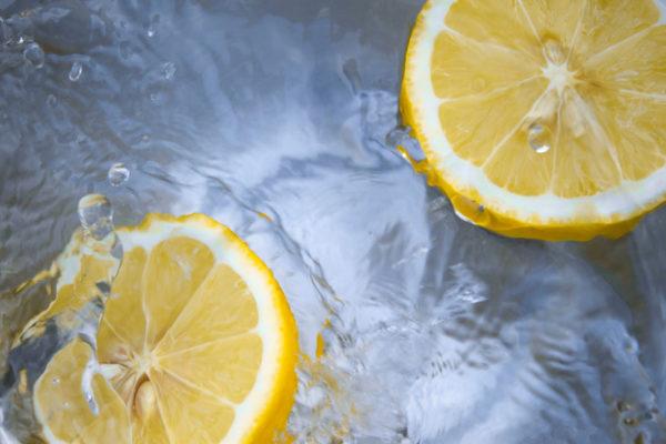 Un jus de citron le matin vraiment ?
