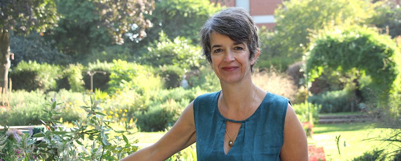 Anne Laure Jaffrelo naturopathe spécialisée en aromathérapie